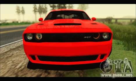 Dodge Challenger SRT HELLCAT 2015 para GTA San Andreas left