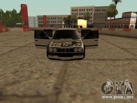 BMW M3 E30 Drift para GTA San Andreas left