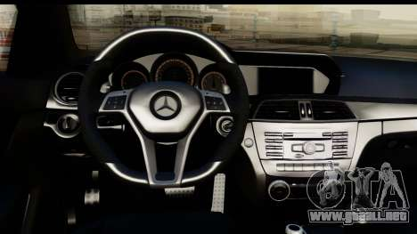 Mercedes-Benz C63 AMG 2012 Black Series para GTA San Andreas vista hacia atrás