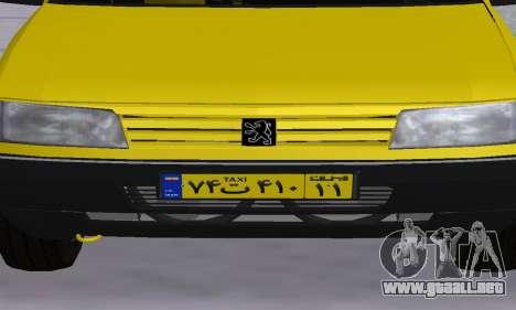Peugeot 405 Roa Taxi para GTA San Andreas interior
