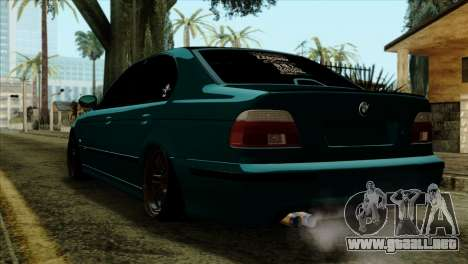 BMW 540 E39 Accuair para GTA San Andreas left
