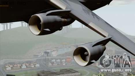 C-17A Globemaster III RAF para GTA San Andreas vista hacia atrás