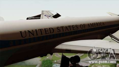 Boeing VC-137 para GTA San Andreas vista hacia atrás