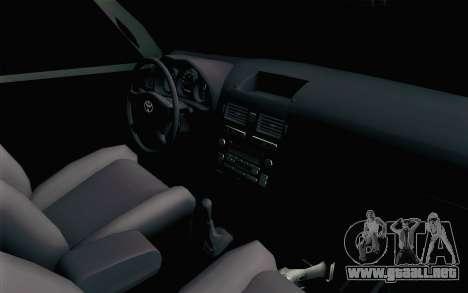 Toyota Fortuner 2014 4x4 Off Road para GTA San Andreas vista posterior izquierda
