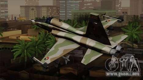 Northrop F-5 Estovakian Air Force para GTA San Andreas left