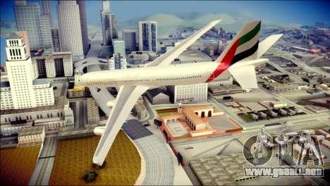 Airbus A340-300 Emirates para GTA San Andreas left
