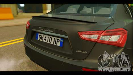 Maserati Ghibli S 2014 v1.0 EU Plate para GTA San Andreas vista hacia atrás