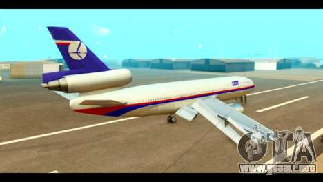 DC-10-30 PLL LOT para GTA San Andreas left