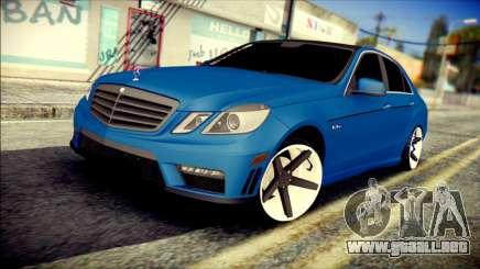 Mercedes-Benz AMG para GTA San Andreas