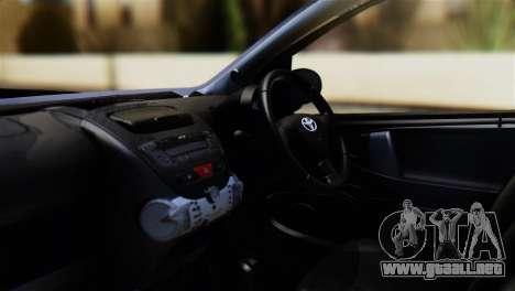 Toyota Aygo Sporting para la visión correcta GTA San Andreas