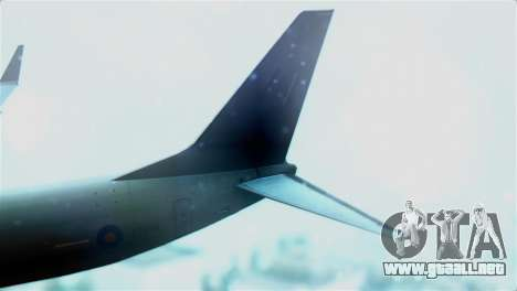 Boeing 737-800 Royal Air Force para GTA San Andreas vista posterior izquierda