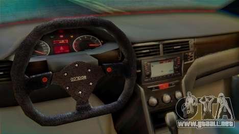 Proton Suprima S para GTA San Andreas vista hacia atrás