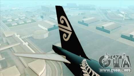 B777-200ER Air New Zealand Black Tail Livery para GTA San Andreas vista posterior izquierda