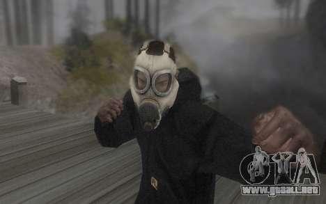 La máscara es de DayZ Standalone para GTA San Andreas