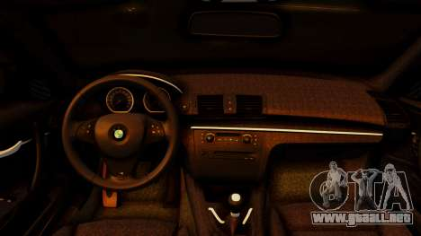BMW 1M E82 v2 para la visión correcta GTA San Andreas