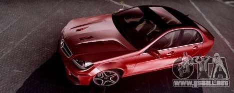 Mercedes-Benz C63 AMG 2013 para GTA San Andreas left