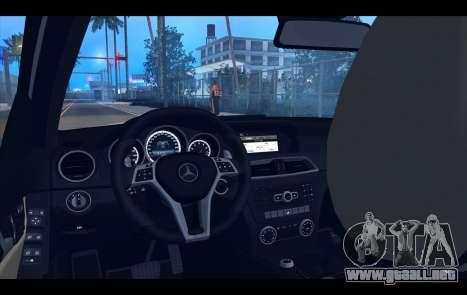 Mercedes-Benz C63 AMG 2013 para GTA San Andreas interior