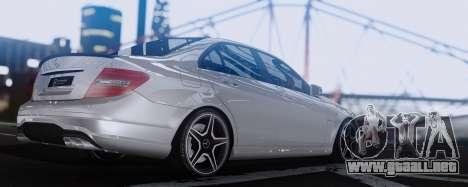 Mercedes-Benz C63 AMG 2013 para la visión correcta GTA San Andreas
