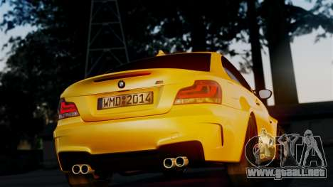 BMW 1M E82 v2 para visión interna GTA San Andreas
