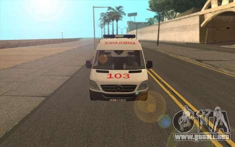 Mercedes-Benz Sprinter Ambulancia Ucrania para GTA San Andreas left