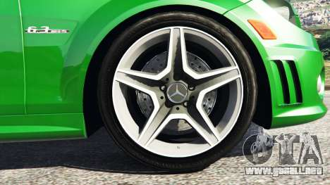 GTA 5 Mercedes-Benz C63 (W204) AMG vista lateral trasera derecha