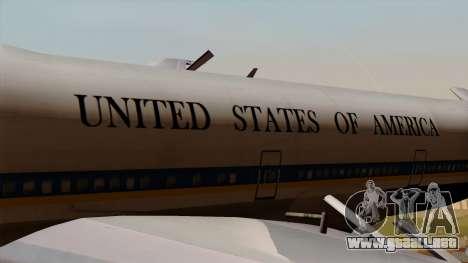 Boeing 747 Air Force One para GTA San Andreas vista hacia atrás