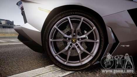 Lamborghini Aventador Roadster para GTA 4 vista hacia atrás