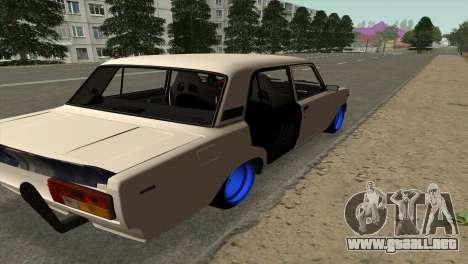 VAZ 2105 AC v2.0 para GTA San Andreas vista posterior izquierda