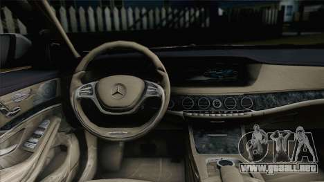 Mercedes-Benz S500 W222 para GTA San Andreas vista posterior izquierda