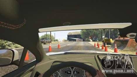 GTA 5 Aston Martin Vanquish V12 2015 vista trasera