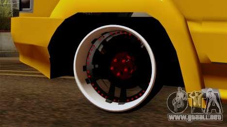 Toyota Kijang Tuned para GTA San Andreas vista posterior izquierda