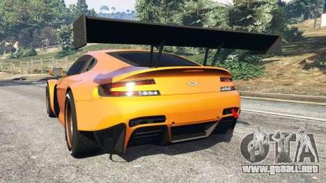 GTA 5 Aston Martin Vantage GT3 vista lateral izquierda trasera