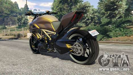 GTA 5 Ducati Diavel Carbon 11 v1.1 vista lateral izquierda trasera