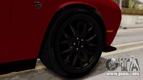 Dodge Challenger SRT Hellcat 2015 HQLM para GTA San Andreas vista posterior izquierda