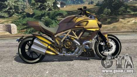 GTA 5 Ducati Diavel Carbon 11 v1.1 vista lateral izquierda