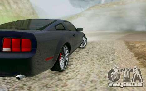 Ford Mustang GT 2005 para GTA San Andreas vista hacia atrás