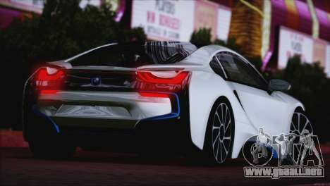 BMW i8 Coupe 2015 para GTA San Andreas vista posterior izquierda