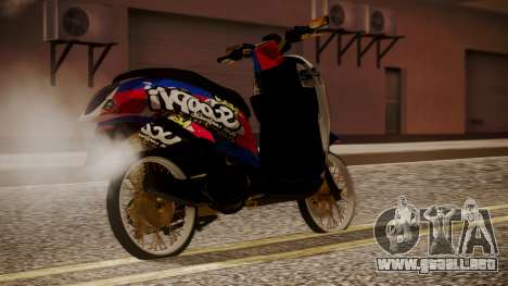 Honda Scoopy New Red and Blue para GTA San Andreas left