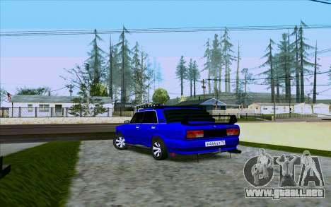 VAZ 2107 de Optimización para GTA San Andreas vista posterior izquierda