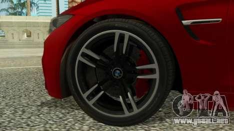 BMW M4 Coupe 2015 para GTA San Andreas vista posterior izquierda