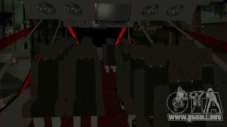 Bus Iron Man para GTA San Andreas vista hacia atrás