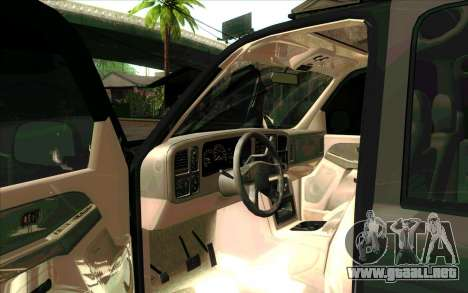 Chevrolet Suburban FSB para GTA San Andreas left