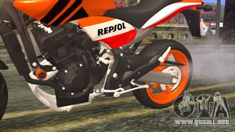Honda Hornet Repsol 2010 para la visión correcta GTA San Andreas