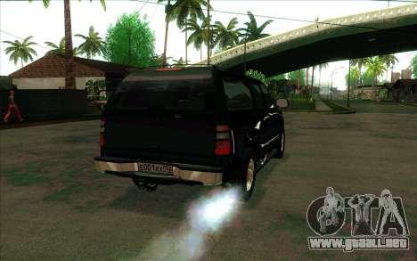 Chevrolet Suburban FSB para la visión correcta GTA San Andreas