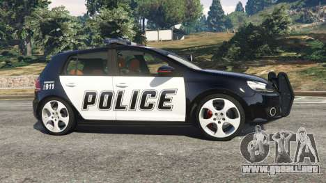 GTA 5 Volkswagen Golf Mk6 Police vista lateral izquierda