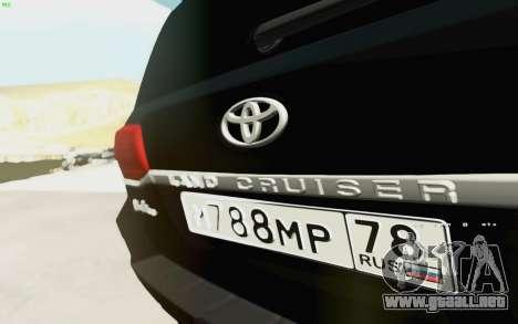 Toyota Land Cruiser 200 2016 para GTA San Andreas vista hacia atrás