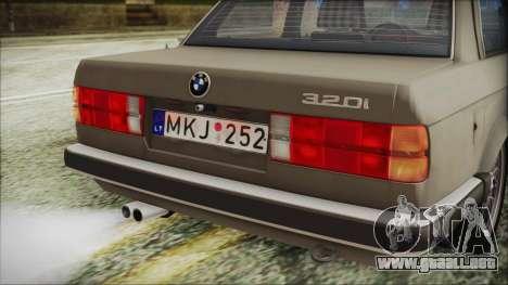 BMW 320i E21 1985 LT Plate para GTA San Andreas vista hacia atrás