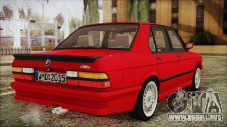 BMW M5 E28 1988 para GTA San Andreas left