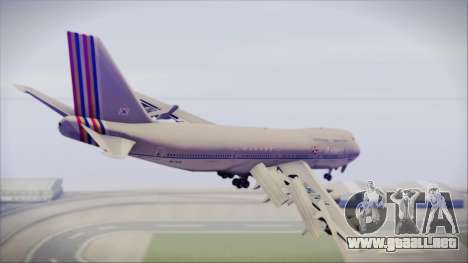 Boeing 747-48E Asiana Airlines para GTA San Andreas left
