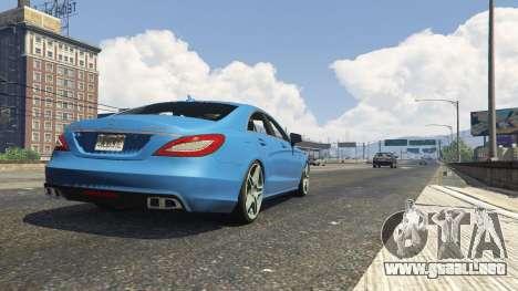 GTA 5 Mercedes-Benz CLS 6.3 AMG 1.1 vista lateral trasera derecha